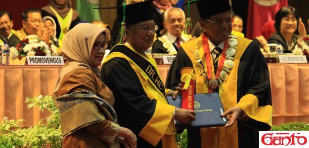UNP Beri Gelar Doktor Kehormatan untuk Jusuf Kalla