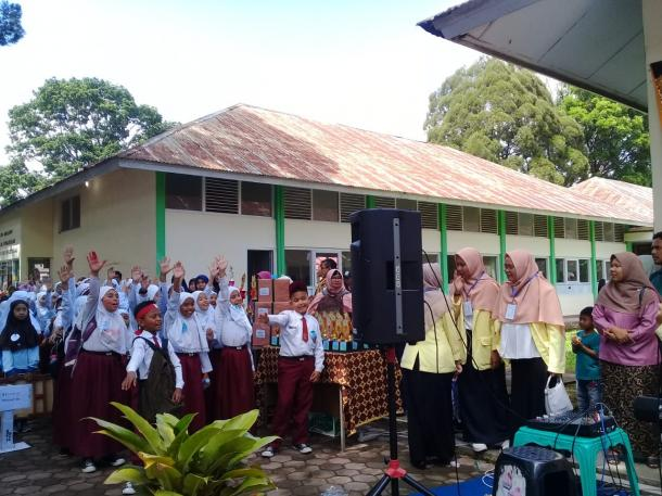 PGSD Goes to School: Wadah Penyaluran Minat dan Bakat Anak