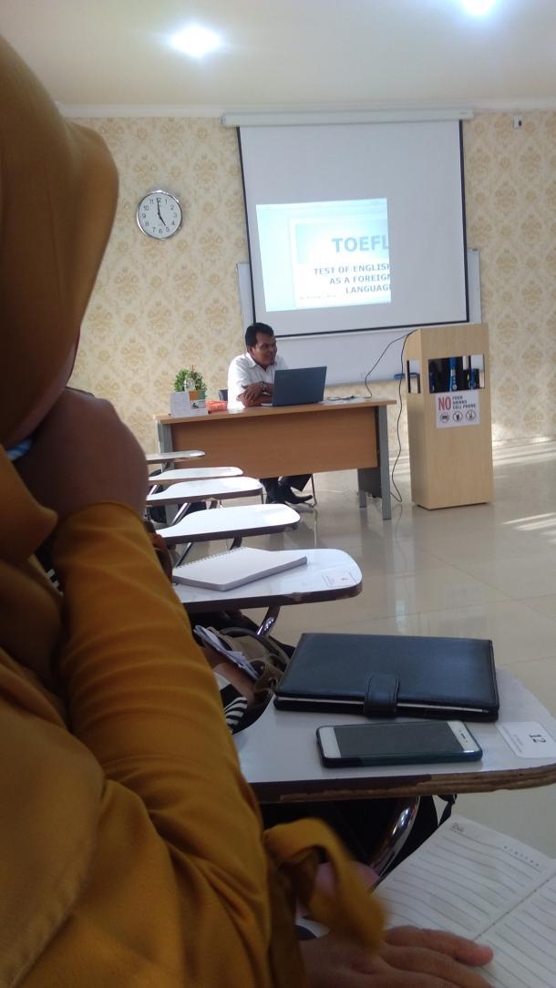 Rusdi Noor Rosa: Persepsi tentang TOEFL yang Salah