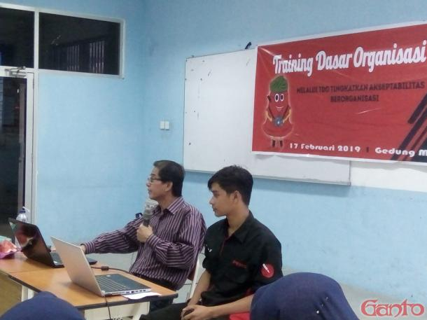 Jurnalis sebagai Komunikator Handal