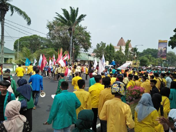 Aksi Demonstrasi Hari Tani di Sumbar