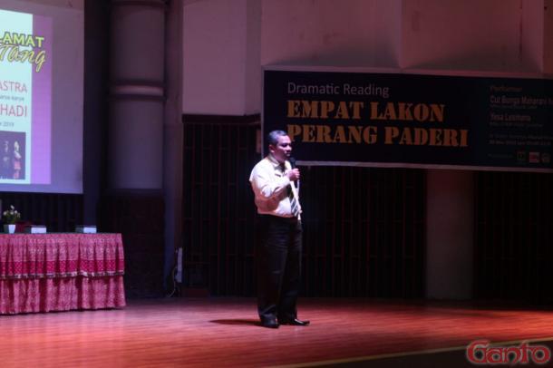 Diskusi Sastra Minangkabau dalam Karya-karya Wisran Hadi