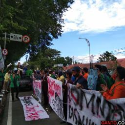 Aliansi BEM Sumbar Lakukan Aksi Peringati Hari Tani Nasional